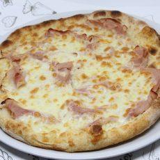 pizza crostino cotto e mozzarella